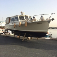 10 m motor yacht